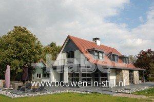 Bouw moderne villa